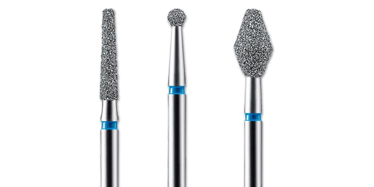 Blu-White diamonds